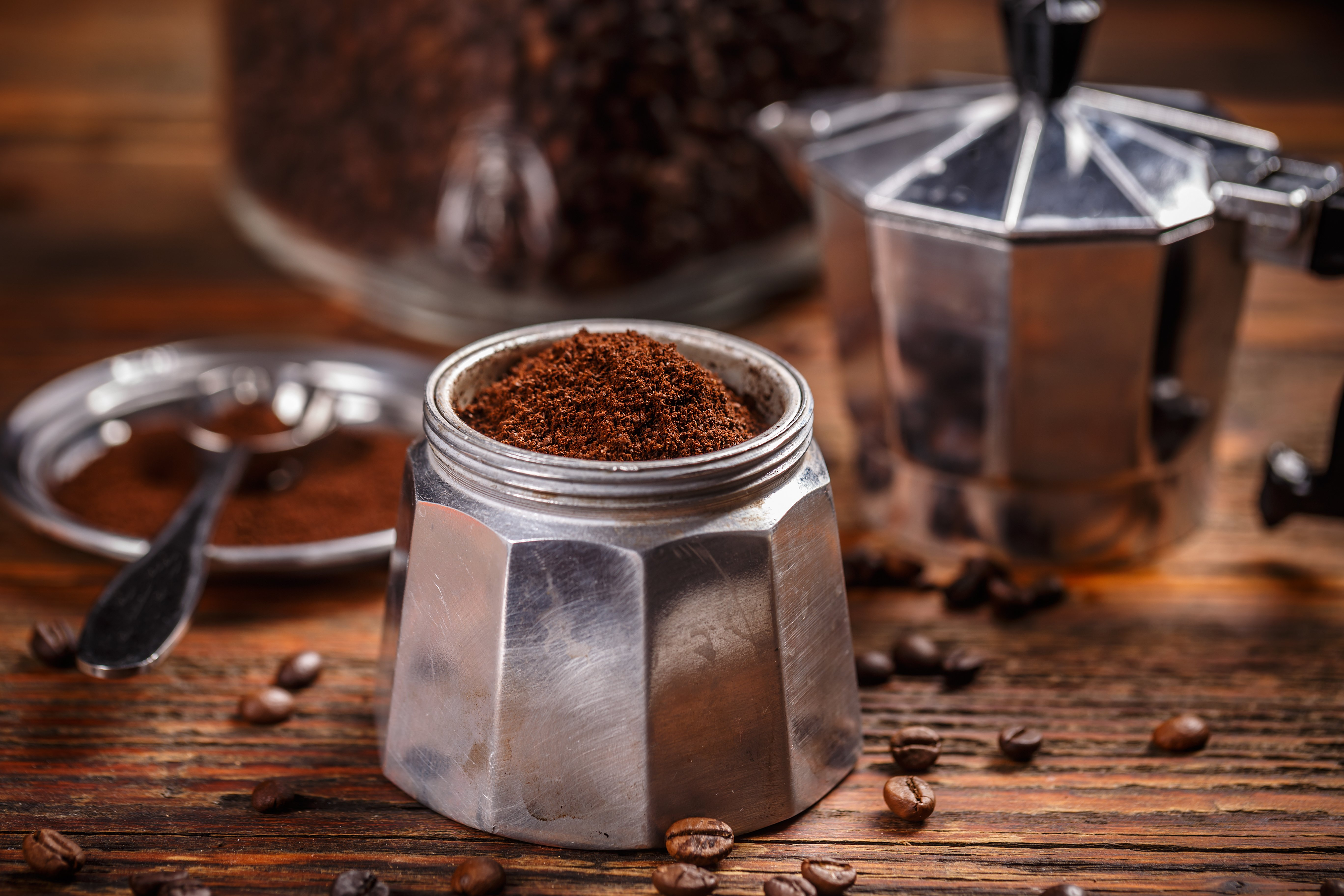 coffee grounds in coffee pot